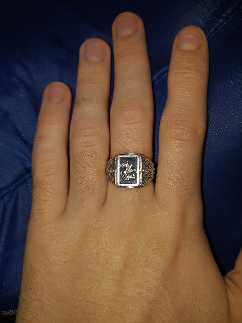 Кольцо из серебра.