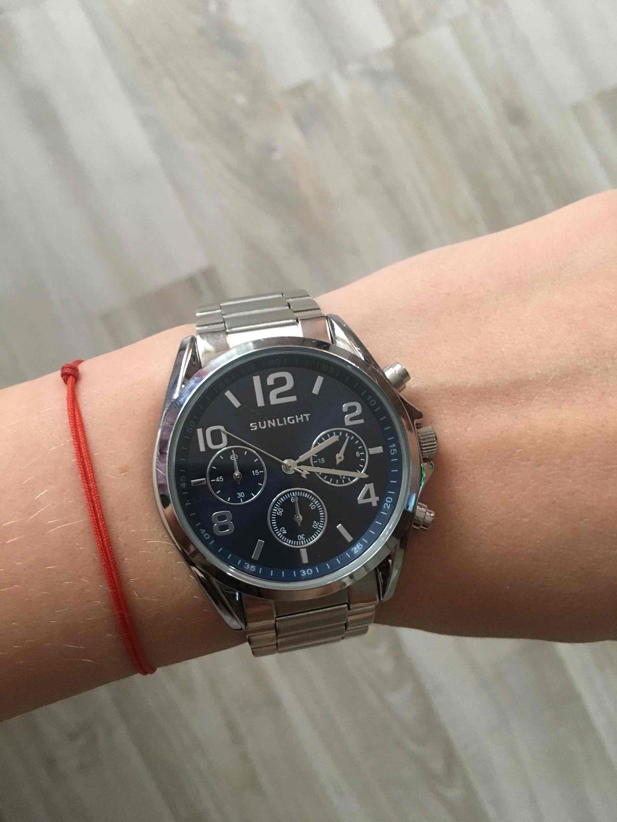 Нереальные часы
