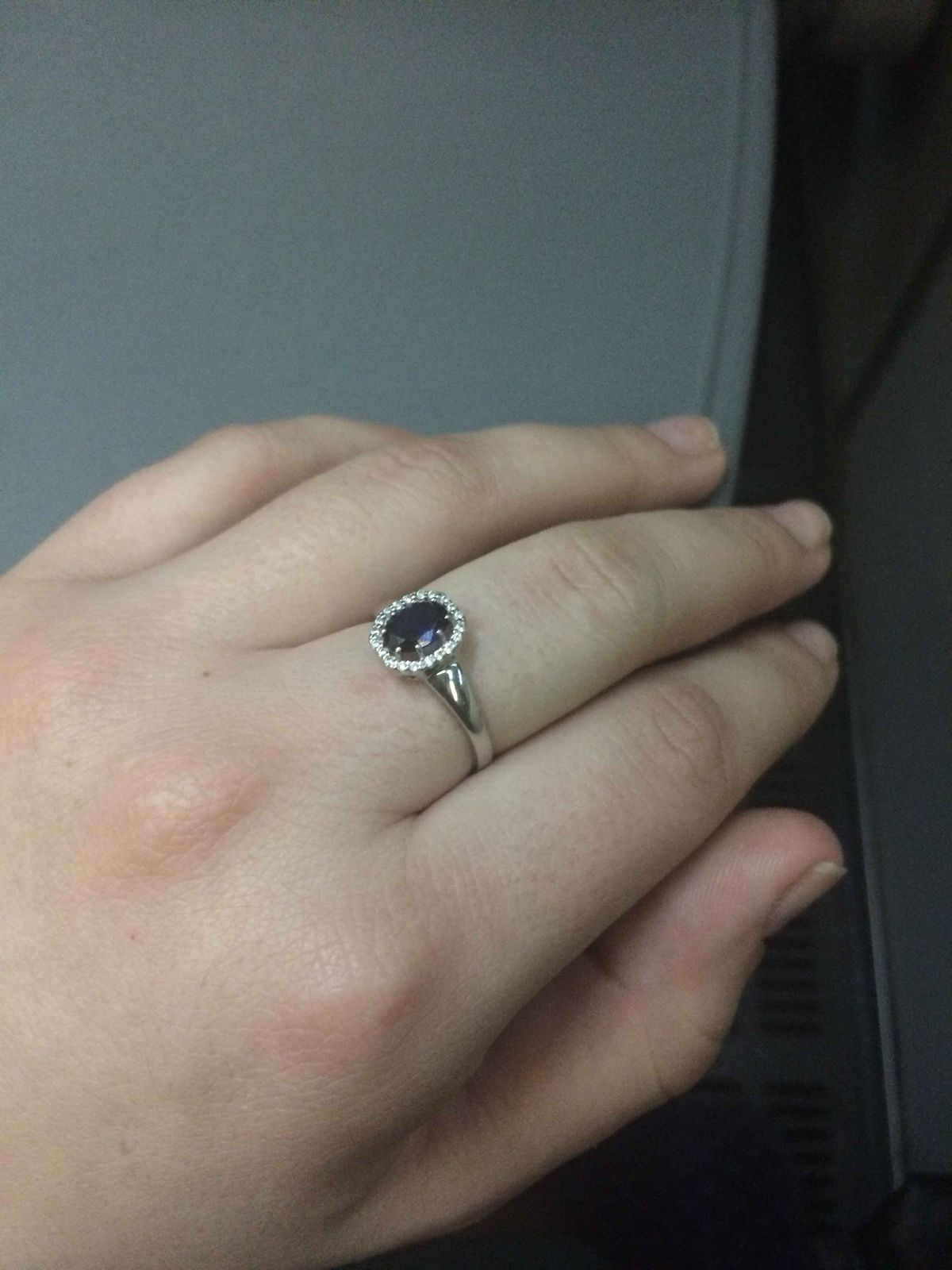 Уменьшенная копия кольца принцессы Дианы