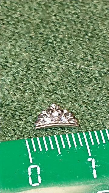 Петит корона