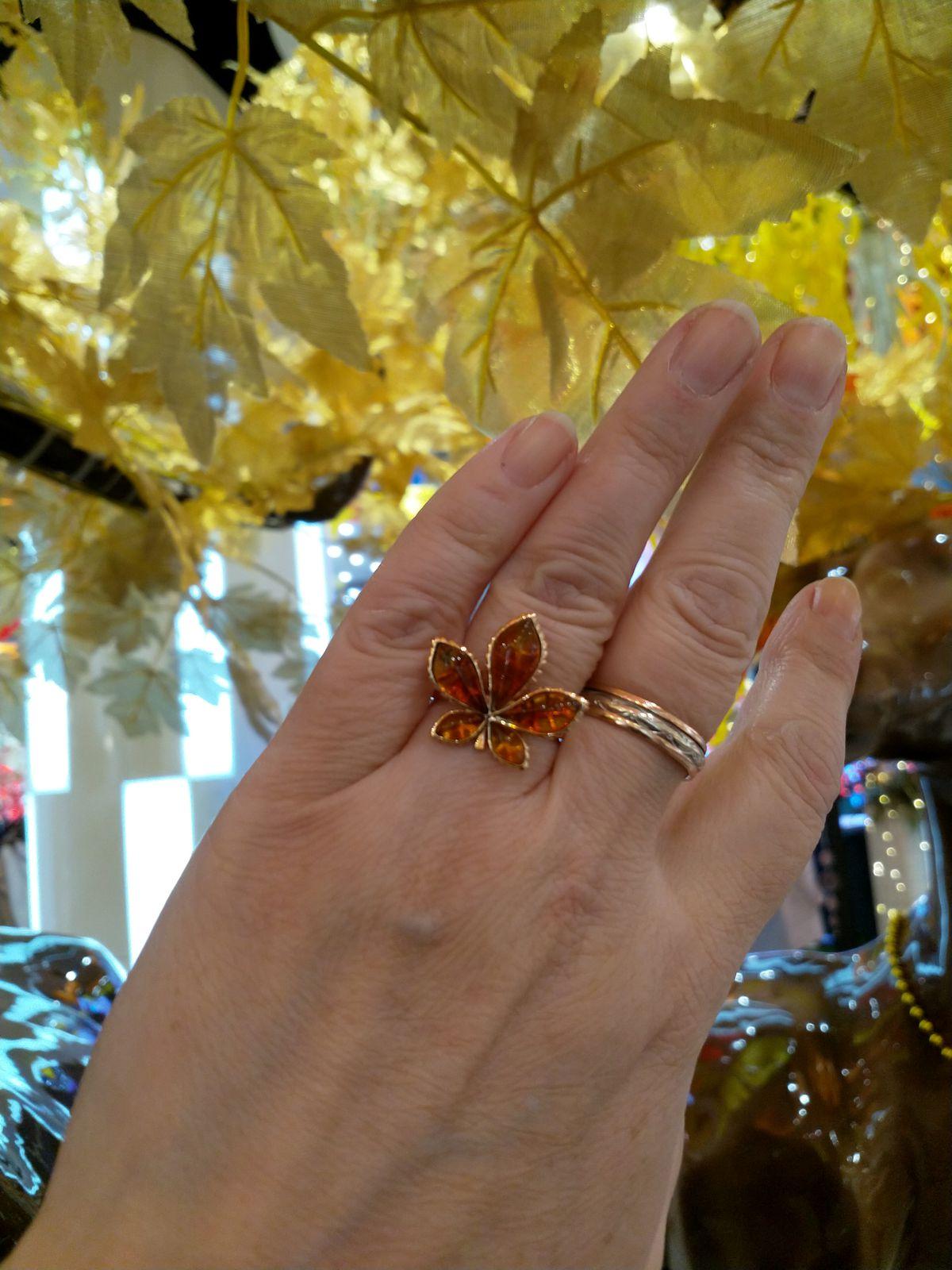 Колечко, колечко кольцо, солнечное, привлекательное оно. )