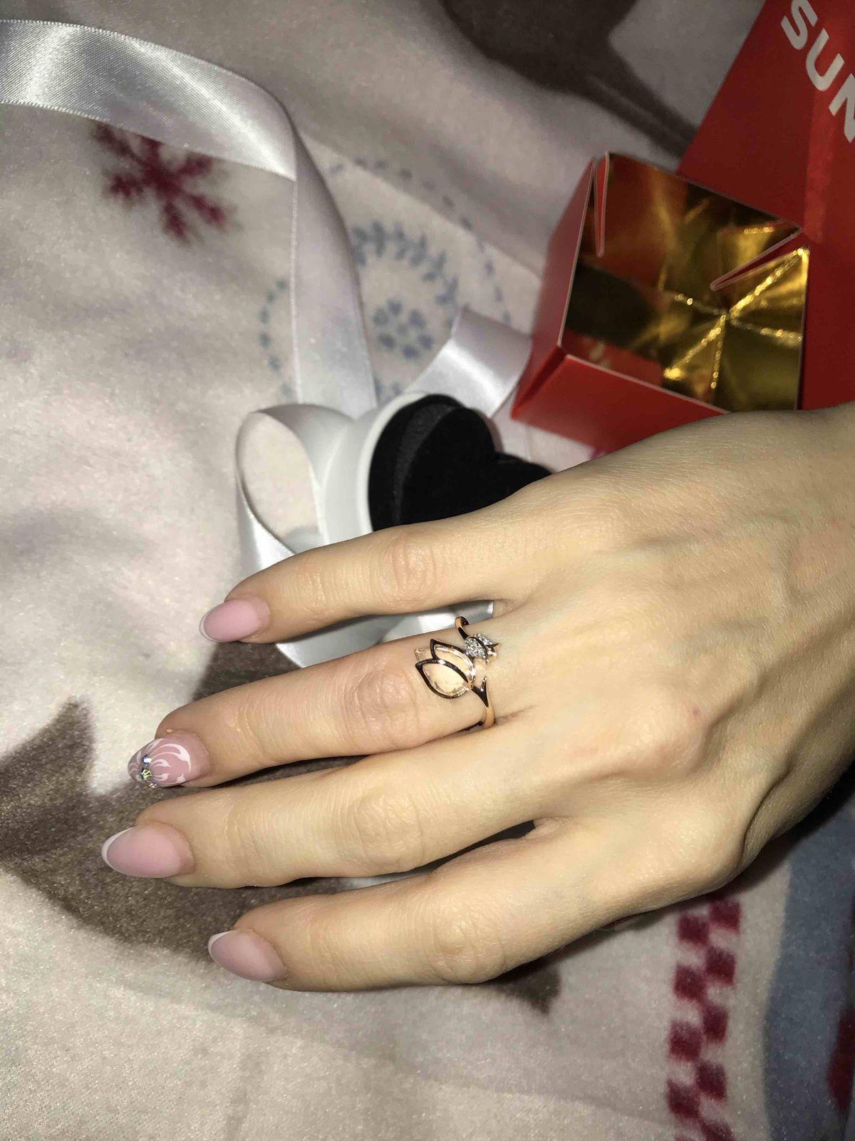 Красивое кольцо в виде розового тюльпана🌷