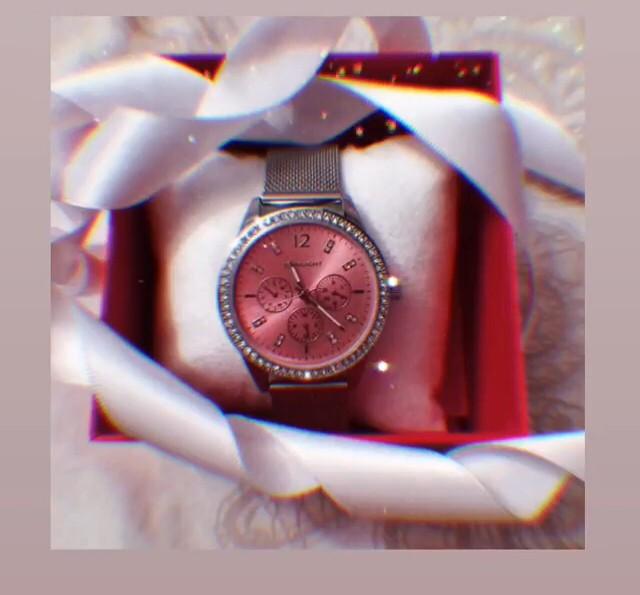 Красивые и женственные часы