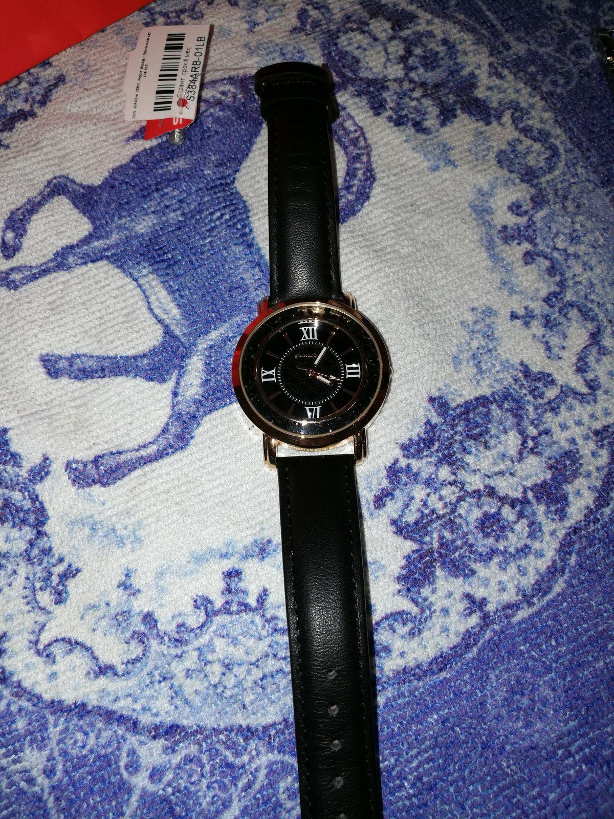 Прккрасные часы для себя, либо в подарок. Они не останутся незамеченными!!!