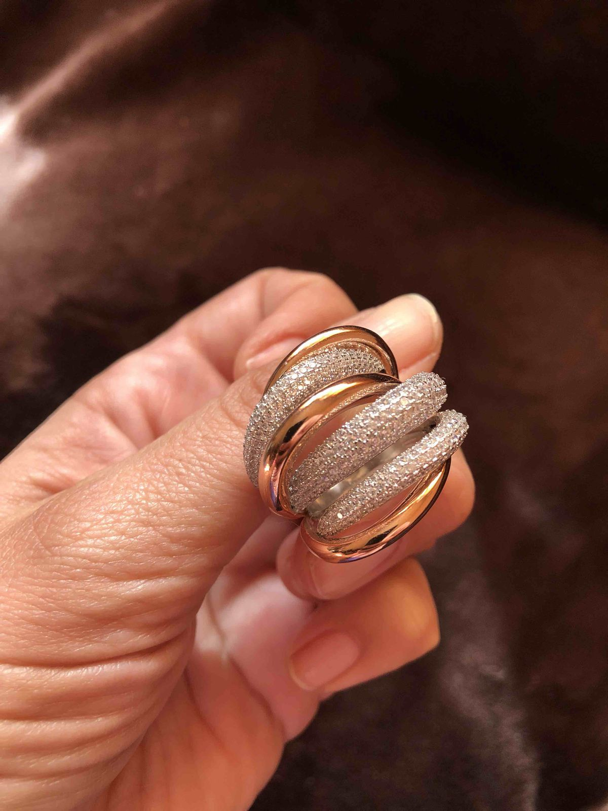 Массивное кольцо