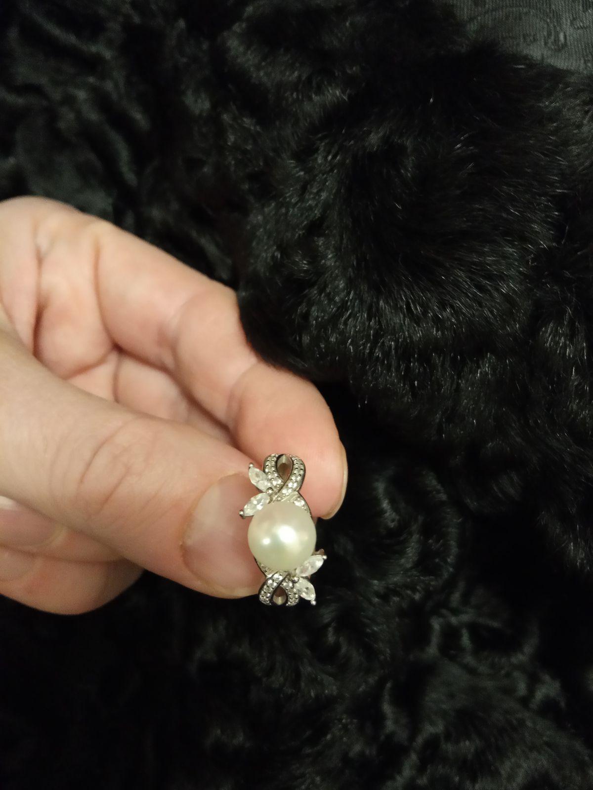 Серебряное колечко с жемчугом