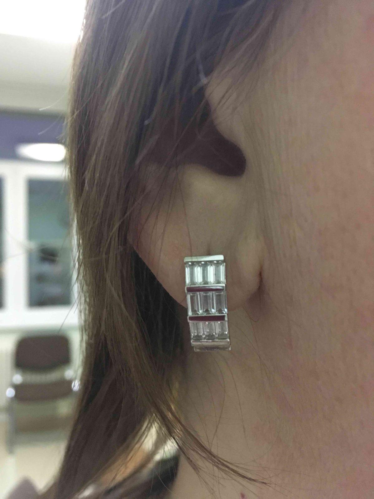 Сережки серебряные с фианитом
