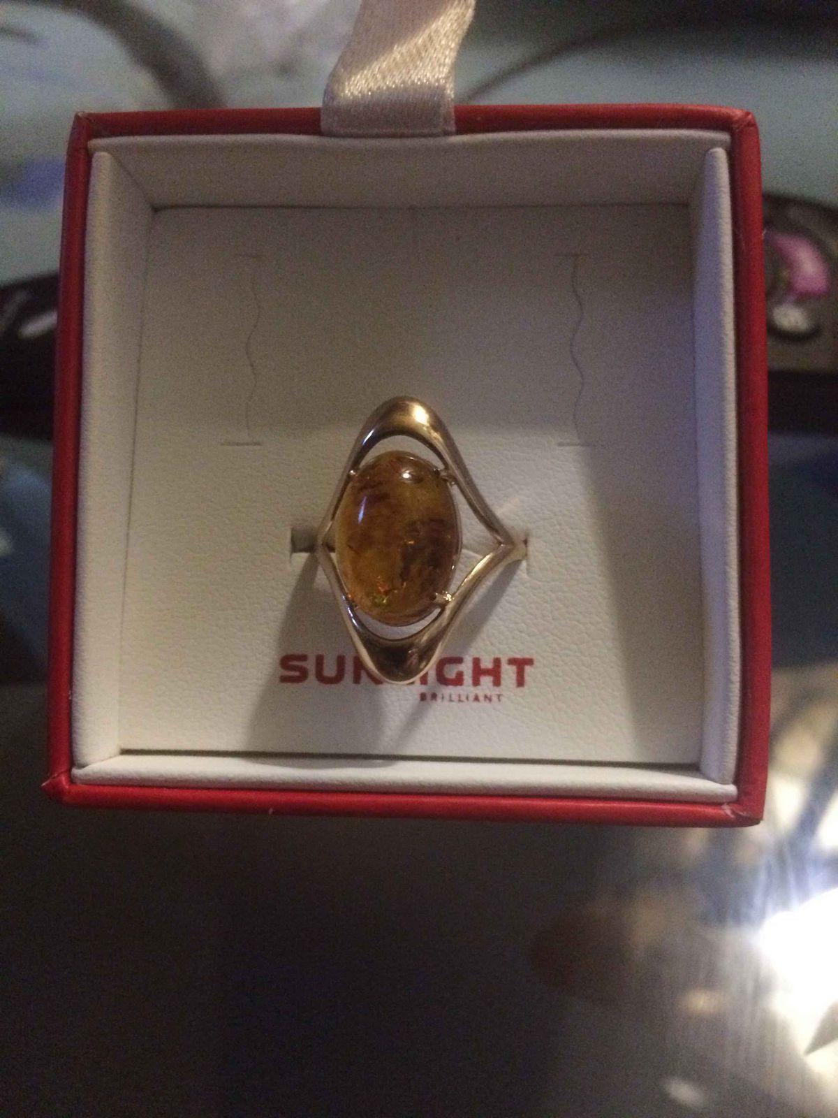 Кольцо с янтарем!